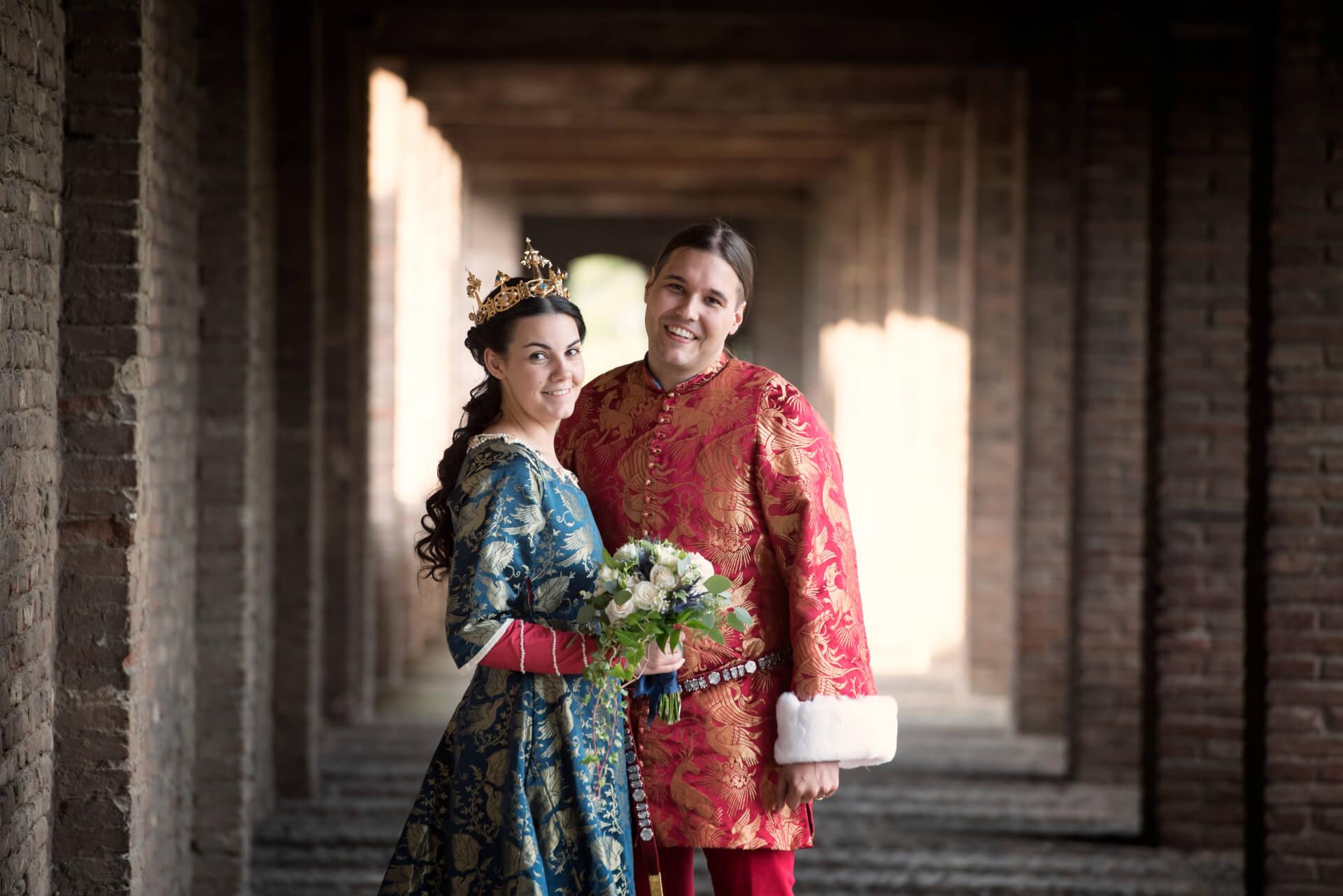 df51d35b4972 Vår bröllopshistoria - Anna och Francescos medeltidsbröllop ...