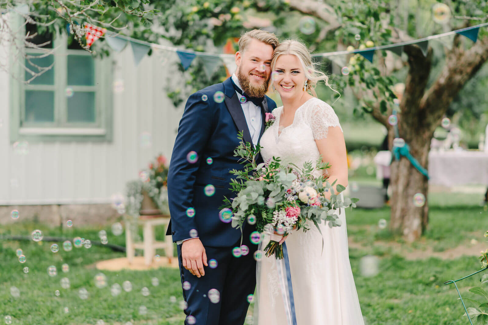 03158e10050f Visste ni vilken typ av bröllop ni ville ha på en gång eller upplevde du  det som svårt i och med att du varit med på så många bröllop själv?